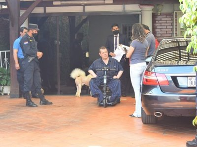 Fiscalía allana casa donde reside Rodolfo Friedmann Cresta en Villarrica