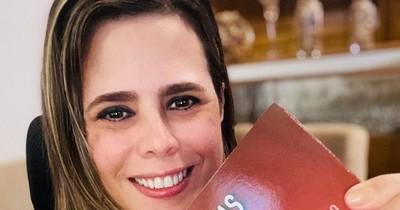 """La Nación / Kattya González lanzará libro dedicado a Abdo: """"Cartas a Marito o la sordera del Estado burocrático"""""""