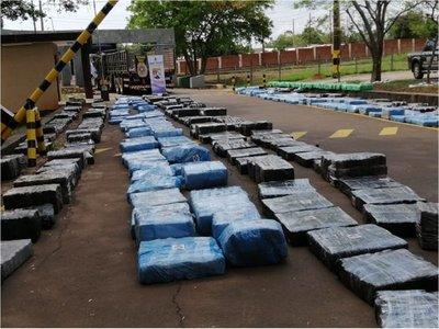 Marihuana incautada en Pirapó pesa 10.039 kilos