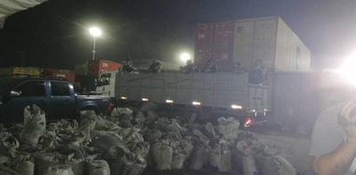 HOY / Finaliza revisión de contenedores en Villeta: cocaína incautada asciende a casi 3 toneladas
