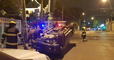 La Nación / Diputados buscan castigar con más dureza a conductores alcoholizados que causen accidentes