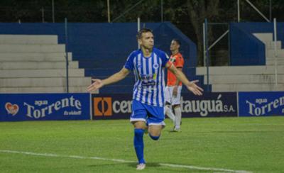 HOY / Marca doblete y sube a 107 goles en el fútbol paraguayo