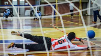 Goalball, un desafiante deporte que llegó para quedarse