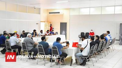 DIRIGENTES SOCIALES SE REUNIERON CON EL GOBERNADOR DE ITAPÚA