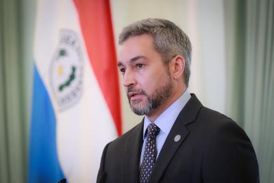 Mario Abdo Benítez da negativo a test de COVID-19 y de dengue