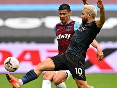 Con un Balbuena exuberante, West Ham frena al City de Guardiola