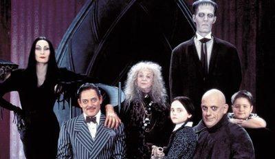 Tim Burton traerá a la familia Addams de vuelta a la tv