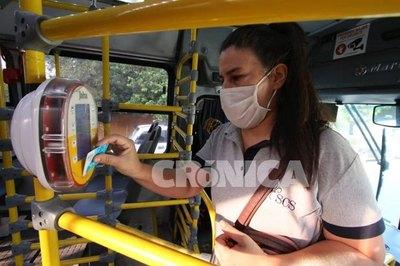 Crónica / Billetaje electrónico: 410.000 viajes en primer día de uso obligatorio