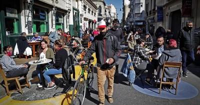 La Nación / Argentina prolonga restricciones para contener la pandemia