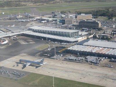 Argentina permitirá ingreso vía aérea de paraguayos desde noviembre