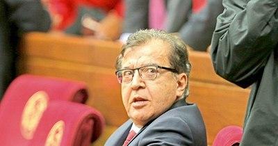 La Nación / Secretario de Abdo Benítez rechaza actitud de Duarte Frutos tras politizar los actos de Gobierno