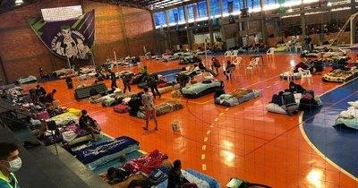 La Nación / Alto Paraná recibió a cerca de dos mil albergados, 38% de ellos con COVID-19