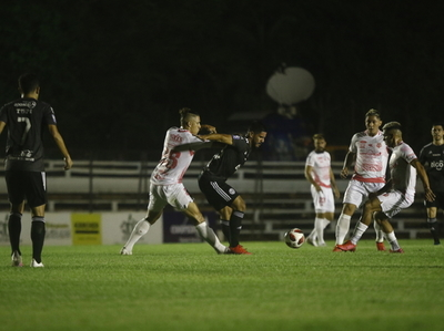 Romero permite la remontada de Guaireña ante Olimpia
