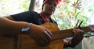 La Nación / Bianca Orqueda: Un corazón musical y nivaclé para el mundo