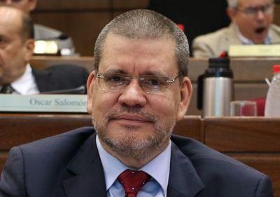 """""""Todo puede pasar"""", dice Toño Barrios sobre destitución de Sixto Pereira"""