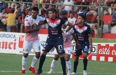 San Lorenzo recibe a Nacional en busca de seguir sumando