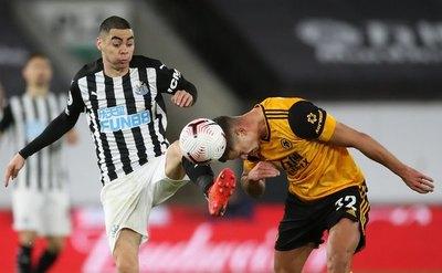 Con un Almirón sacrificado y sobresaliente, Newcastle empata