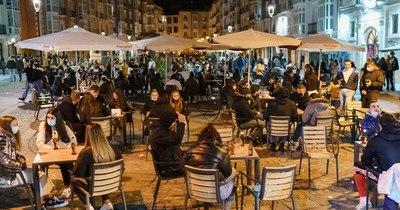 La Nación / España decreta toque de queda por el virus, que deja récord de contagios en el mundo por tercer día