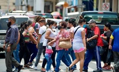 HOY / Segunda ola de COVID-19: Italia cierra lugares de recreación y España se declara en estado de alerta