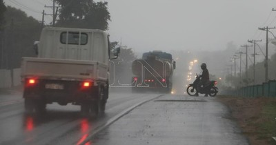 La Nación / Anuncian que lluvias con tormentas persistirían este lunes