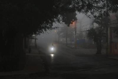 Lluvias, tormentas y vientos fuertes azotan a varias zonas y dejan sin luz a 300.000 usuarios