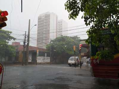 Persistirán las lluvias y las tormentas