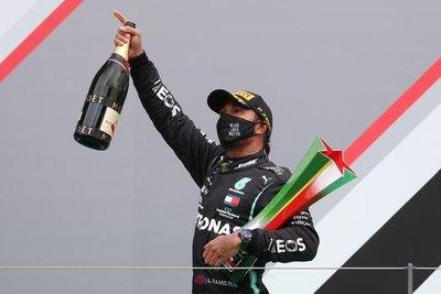 Hamilton hace historia en la F1: batió el récord de Schumacher y se acerca al séptimo título tras coronarse en Portugal