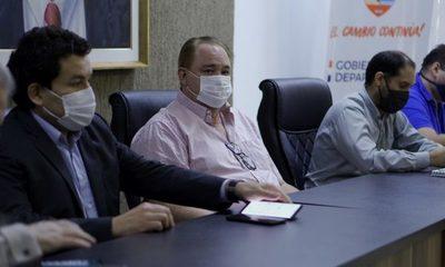 Gobernador busca vía de soluciones ante reclamos de trabajadores paseros de CDE – Diario TNPRESS