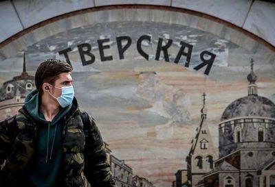 Europa busca salvar Navidad, cada vez más cercada por segunda ola de coronavirus