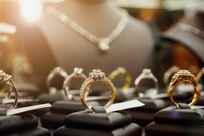 Por primera vez, Seprelad reglamenta comercialización de joyas que obliga a comerciantes a reportar operaciones sospechosas