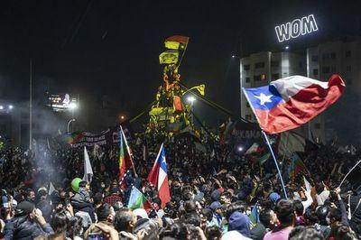 """UE saluda """"paso histórico"""" en voto por nueva Constitución en Chile"""