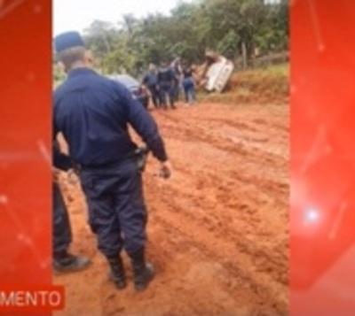 Delincuentes se enfrentan a policías tras asalto