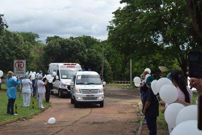 Emotiva despedida a una enfermera del IPS, víctima del covid-19