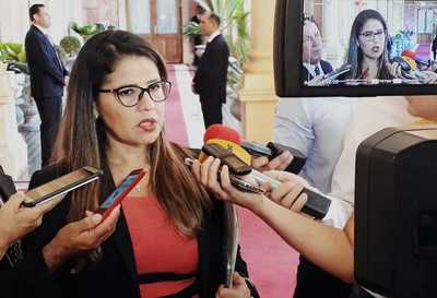 """Ministra de Justicia habla de """"sospecha seria"""" hacia actuación de guardiacárceles en Tacumbú"""