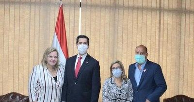 La Nación / Canciller visitó el Congreso con miras a coordinar actividades en conjunto