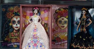 La Nación / Barbie Día de Muertos, entre la exaltación cultural y la explotación monetaria