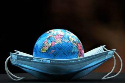 Covid-19: el mundo batió el récord diario 9 veces en octubre, dice la OMS