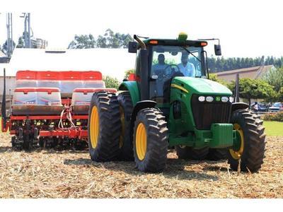 Lluvia anima a sojeros y trae alivio al sector ganadero