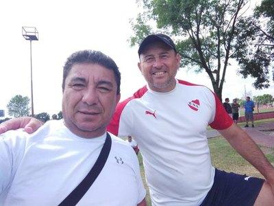 Crónica / César Velázquez: De cuidacoches a futbolista