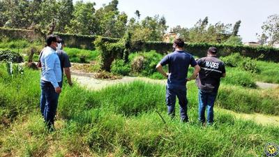 Siguen contaminando el arroyo Yukyry •