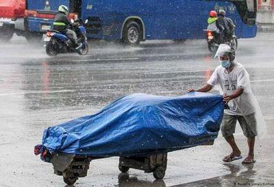 Tifón Molave deja tres muertos y nueve desaparecidos en Filipinas
