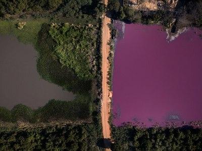 Empresa que contaminó la laguna Cerro sigue funcionando pese a prohibiciones del MADES