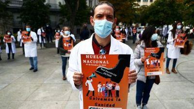 Los médicos de toda España en huelga por primera vez en 25 años