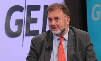 HOY / Benigno López oficializa su renuncia como ministro de Hacienda