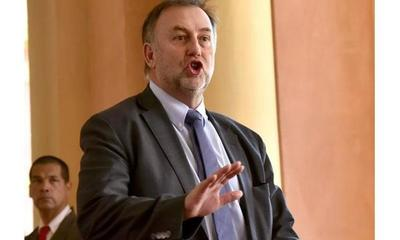 Benigno presentó su renuncia al Ministerio de Hacienda – Prensa 5