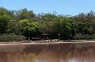 Laguna Cerro: Curtiembre opera pese a suspensión