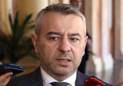 Llamosas debe ser el nuevo ministro de Hacienda, a criterio del asesor de la Presidencia