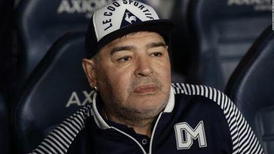Diego Maradona, en aislamiento por un posible caso de coronavirus en su entorno