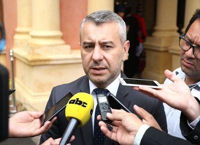 """Asesor de la Presidencia considera que Llamosas puede ser """"un buen ministro de Hacienda"""""""