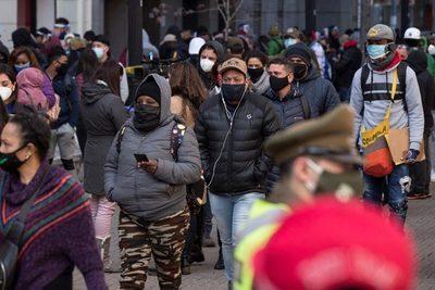 Chile abre la puerta a legislar un segundo retiro anticipado de las pensiones